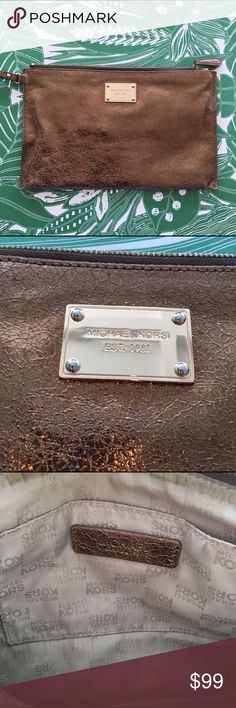 Beautiful Michael Kors Clutch 👛 Copper Michael Kors evening Clutch in good condition. I love this bag so much! Michael Kors Bags Clutches & Wristlets