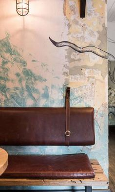 ideas for diy seating ideas banquettes Cafe Bench, Corner Bench Seating, Cafe Seating, Booth Seating, Banquette Seating, Seating Plans, Banquette Restaurant, Restaurant Seating, Rustic Restaurant