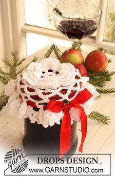 """Gehaakte DROPS deksel decoratie voor een Kerst cadeau van """"Safran"""". ~ DROPS Design"""
