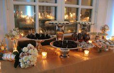 Resultados de la Búsqueda de imágenes de Google de http://cache.elizabethannedesigns.com/blog/wp-content/uploads/2009/09/wedding-dessert-display.jpg