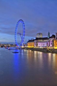 London Eye London Eye, Ferris Wheel, Fair Grounds, Eyes, Travel, United Kingdom, Viajes, Destinations, Traveling
