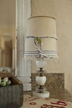 Fifi O'Neal Romantic Prairie Style Lamp