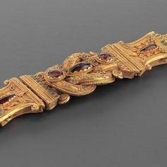 Greek Gold Belt With a  Herakles Knot  #hicham #aboutaam #ali #phoenix