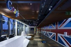 Google's New London Offices Split Between London-Themed Spaces