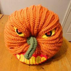 Crochet Parfait: Scary Halloween Pumpkin