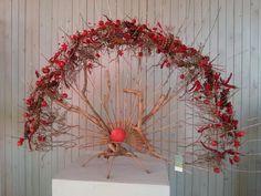 ~~ Gregor Lersch crecent design using twigs