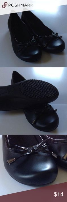 Size 8.5 predictions black flats Comfy shoes worn once Shoes Flats & Loafers