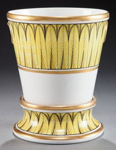 AN ENGLISH PORCELAIN JARDINIÈRE AND STAND  Attributed to Coalport Porcelain Works, Shropshire, England, circa 1805