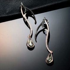 ROSE GOLD AND BLACK CRYSTAL EARRINGS