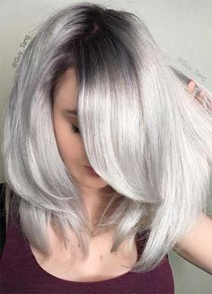 Granny Silver/ Grey Hair Color Ideas: Metallic Gray Hair With Grown-Out Roots