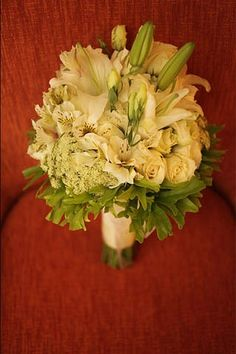 white and green #wedding #bouquet
