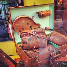 I still wish I could have these. Wes Anderson / Darjeeling Limited / Louis Vuitton / Luggage