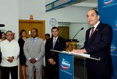 Armario de Noticias: Banreservas inaugura oficina en Merca Santo Doming...