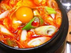うま辛韓国料理☆スンドゥブチゲ by みーこぶーこ Korean Food, Thai Red Curry, Ramen, Crafts For Kids, Dinner Recipes, Cooking, Breakfast, Ethnic Recipes, Crafts For Children