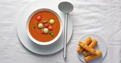 Dinnye gazpacho ropogós krémfehérsajttal