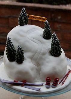 Fondant Cupcakes, Cupcake Cakes, Cupcake Ideas, Birhday Cake, Mountain Cake, Camping Cakes, 21st Cake, Sport Cakes, Novelty Cakes
