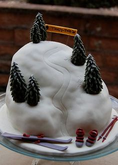 Google Image Result for http://www.cakepicturegallery.com/d/34991-1/Alpine%2Bskiing%2Bmountain%2Bbirthday%2Bcake.JPG