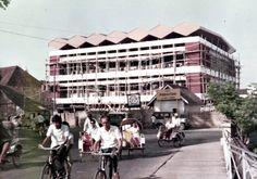 Gedung-Direksi-Perhutani-Jatim_Foto.jpg (1920×1347)