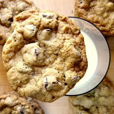 JULES FOOD...: chocolate chip oatmeal cookies