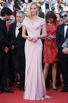 ユマサーマン美胸ラインのドレスはカスタムメイド