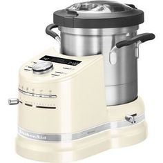 Appareil tout-en-un avec bol de cuisson en acier inoxydable de 4,5L. Six modes automatiques : Bouillir, Frire, Mijoter, Cuire à la vapeur, Purée, Fabrication de pâte. Plaque en aluminium épais garantissant une température de cuisson élevée et préci