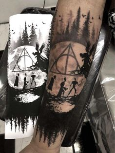 It is Harry Potter! So currently there are various kinds of Harry Potter tattoos available with this type. Mandala Harry Potter, Tatto Harry Potter, Cute Harry Potter, Harry Potter Deathly Hallows, Deathly Hallows Tattoo, Harry Potter Tattoos Sleeve, Hp Tattoo, Back Tattoo, Tattoo Quotes