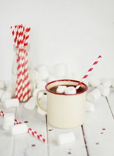 Hot Chocolate - Perfect for celebrating Perfect for celebrating Winter Solstice around a yule log. Mixing coffee with hot chocolate is tasty as well. All Things Christmas, Winter Christmas, Christmas Time, Xmas, Hot Cocoa Recipe, Cocoa Recipes, Parfait, Hot Chocolate, Chocolate Party