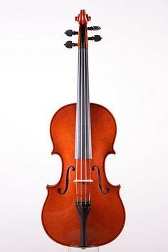 Violin by the very skilled Aarhus (DK) based violinmaker Noemié Viaud. The violin both looks and sounds wonderful.