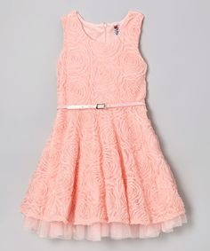 With just a quick zip up the back, little angels will look downright darling. Embellished with delicate rosettes, a full skirt and contrasting belt, this party-perfect number can't help but be absolutely adorable. Dresses For Teens, Outfits For Teens, Girl Outfits, Girls Dresses Tween, Tween Fashion, Cute Fashion, Fashion 101, Spring Dresses, Spring Outfits