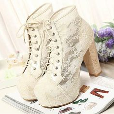 Beautiful Lace Chunky Heel Ankle Boots Frauenschuhe 40 Perfect Shoes Fashion Trends For Starting Your Summer Chunky Heel Ankle Boots, Chunky Heels, Heeled Boots, Shoe Boots, Ankle Bootie, Dream Shoes, Crazy Shoes, Fall Shoes, Summer Shoes