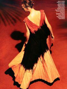 D La Repubblica Apreil 2014, Estella Brons Spring 2014, Bottega Veneta, Editorial, Cotton, Dresses, Fashion, Vestidos, Moda, Fashion Styles