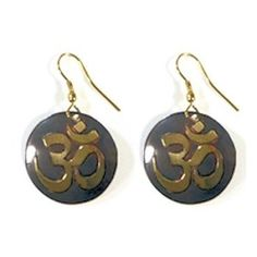 Ohm symbool oorbellen uit India. Handgemaakt en fair trade