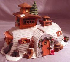 DEPT 56 PEGGOTTY'S SEASIDE COTTAGE HERITAGE DICKENS VILLAGE CHRISTMAS BUILDING