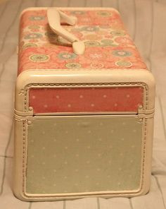 Revamping the vintage train case