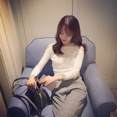 2016 New Arrival Hot Sale Korean Style Women Elegant Slim Fit Crop Tops Bodysuit Fashion Sexy Off Shoulder Red Gray Sweater l19