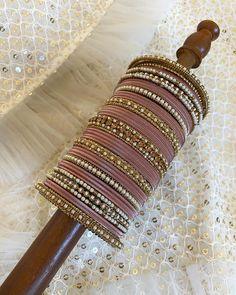 Jewelry Design Earrings, Gold Earrings Designs, Emerald Jewelry, Crystal Jewelry, Silver Jewelry, Bridal Bangles, Bridal Jewelry, Stylish Jewelry, Fashion Jewelry