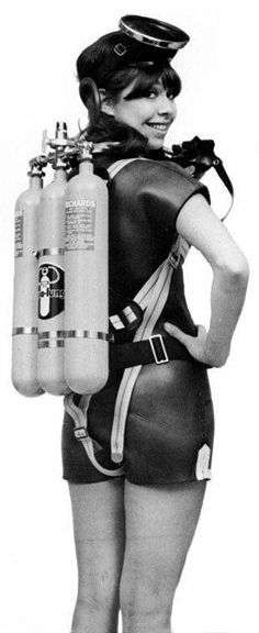 (vintage) dive babes ....