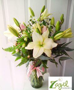 Envio de flores en Cancún  Servicio a domicilio www.floreriazazil.com #floreriazazil #cancunflorist #cancunflowershop #cancunflowersandgifts