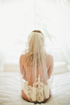 boudoir photos ....a little present after the wedding :)