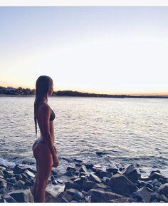 41 Best Ideas For Travel Outfit Summer Beach Paradise The Beach, Summer Beach, Retro Summer, Summer Pictures, Beach Pictures, Summer Vibes, Summer Nights, Summer Feeling, Selfie Foto
