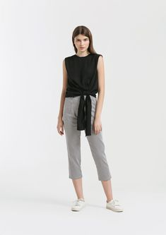 Shop effortless, minimalist & modern ready-to-wear here. We make quality & affordable fashion since We ship worldwide. Modern Minimalist, Affordable Fashion, Ready To Wear, How To Make, How To Wear, Normcore, Shopping, Clothes, Style