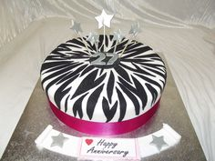 www.frescofoods.co.nz occasion cakes in Auckland New Zealand Zebra print Anniversay cake