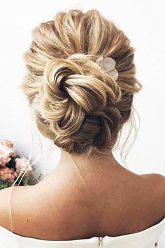 swept back wedding hairstyles trendy lenabogucharskaya #weddinghairstyles