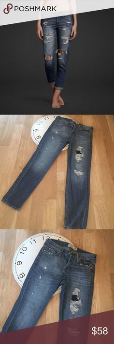 Abercrombie & Fitch Boyfriend Straight Jean Worn once didn't fit my daughter how she expected. We had to size up so I have these sitting in my closet and they won't fit me Abercrombie & Fitch Jeans Boyfriend