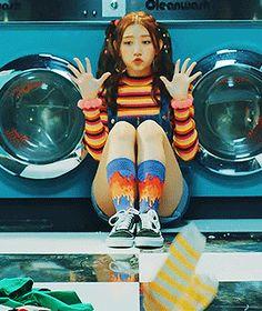 Sungyeon in Wee Woo girls&peace Kpop Girl Groups, Kpop Girls, Woo Girl, Pledis Girlz, Twice Kpop, E Dawn, Hyuna, Korean Girl, Red Velvet