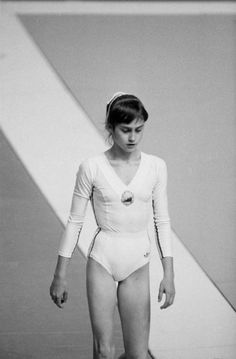 Gymnastics Pictures, Sport Gymnastics, Olympic Gymnastics, Olympic Sports, Olympic Games, American Athletes, Female Athletes, Meg Donnelly, Nadia Comaneci