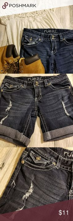 "Juniors Rue 21 Denim Jean Shorts Size 5/6 Juniors Denim Jean Shorts Size 5/6 By Rue 21 Machine Wash Cold  Waist 30"" Length 13""  These are dark denim with factory distress on the leg area. There are ""tares"" on the front. At the waist the shorts have belt loops, buttons and zipper. There are 2 pockets in the front and 2 in the back. These are in nice Preowned Condition.  Please message me if you have any questions and I will get back with you asap and thanks so much for stopping by my shop…"