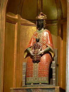 Reproduction de la Vierge offerte par le roi Louis IX (Saint-Louis) au retour de…