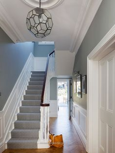 Victorian Hallway Uk Home Design Ideas, Renovations & Photos…  http://www.nicehomedecor.site/2017/07/16/victorian-hallway-uk-home-design-ideas-renovations-photos/