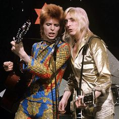 David Bowie and Mick Ronson on Lift Off, 1972